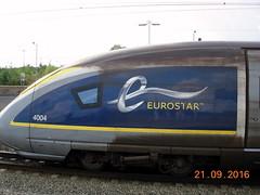 Side view of e320 set 4003/4004 at Ebbsfleet Intl Station. (DesiroDan) Tags: highspeed1 ebbsfleetinternationalstation eurostar eurostare320 eurostarclass374 class374velaro uktrains ukelectricunits highspeedtrainsintheuk britishrailclass374