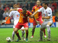 Burak Ylmaz (l3o_) Tags: galatasaray sar krmz red yellow football futbol cfr cluj champions league ampiyonlar ligi burak ylmaz