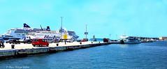 Dpart pour les les: ferry  1 destination Hvar (philippedaniele) Tags: ferry port vividstriking bateaux