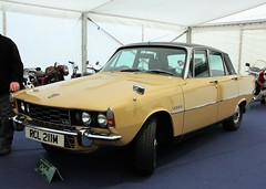 RCL 211M (Nivek.Old.Gold) Tags: 1973 rover 3500 v8 auto p6 cheffins