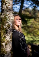 Dans la Lumire (Frd.C) Tags: girl french tree automne portrait blonde france canon lens feminine femme