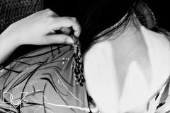 Persona d'arte   Artistic person4 (diemmezeta) Tags: model modella person people gente bn bw monocromo monochrome pose posa longblackhair black blackhair neck collo hand hands mano mani capelli capellineri capellicorvini geisha 芸 者 makeup swallow tail swallowtail blackandwhite biancoenero dark light