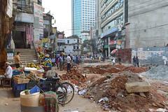 Rebuilding the street (Francisco Anzola) Tags: dhaka bangladesh gulshan construction mess people buildings