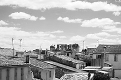 Nmes / Aiguesmortes (Kalank) Tags: toits nuages cloud rooftops aiguesmortes roussillon cloches bells south france sud
