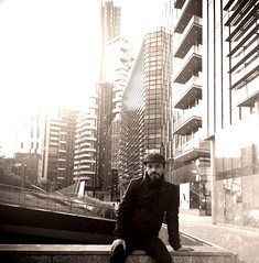 """Selfie in My City"" (giannipaoloziliani) Tags: giannipaoloziliani streetart photoart streetportrait autoscatto modernold monocolor urbanstreet street urban streetphotography vecchiostile perspective skyline metropoli grattacieli skyscrapers metropolis portanuova milancitylife oldeffect effect sunrays sunlights lights modernarchitectures modernart modern vetro glass architectures milancity milan mailand milano italia oldcolors retrato citylife selfportrait myselfportrait italy mycity city tag portraitme me io oldstyle selfietime selfie myself"