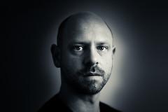 self portrait test (Sascha Schrder) Tags: selfportrait selbstportrait monochrom blackwhite schwarzweis naturallight natrlicheslicht ambientlight fensterlicht