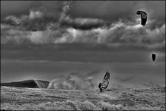 Wissant_SAS_2245 (whatStefanSees) Tags: wissant hurricane orkan ouragan 11 bft beaufort force beach surf windsurfing storm sturm tempte spectacular sport watersport wassersport nautique brandung dferlante planche  voile nikon d610 nikkor vr 70300 darktable gimp geeqie