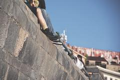 IMGP0503 (maurizio siani) Tags: napoli naples italia italy pentax k70 novembre autunno 2016 18135 18135mm lungomare caracciolo mattina giornata piedi gambe muro wall