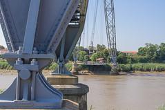 Vélodyssée Les Sables d'Olonne - Biarritz: le pont transbordeur de Rochefort (bixintx) Tags: france rochefort transporterbridge schwebefähre poitoucharentes ponttransbordeur puentetransbordador 運搬橋 zubitransbordadorea