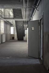 (maxelmann) Tags: door abandoned 50mm dof steel leipzig treppe le forgotten ddr tr tristesse verlassen jailhouse verloren stahl marode gefngnis vergessen knast strafvollzug maxelmann lostplacesleipzig zentralehinrichtungssttte