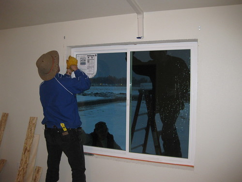 Installation of a triple-pane window