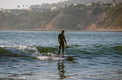 Abalone Cove surfer, Rancho Palos Verde (JulieAndSteve) Tags: sea landscape catalina losangeles kodak hiking surfer pacificocean porta southerncalifornia 800 preset ranchopalosverdes december2013 nikond5100 abalonecovereserve vscoslidefilmpresets