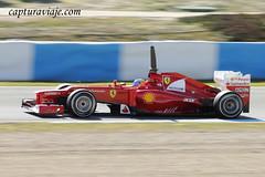 Ferrari F2012 - Fernando Alonso - 3 - Entranmientos Jerez (www.capturaviaje.com) Tags: españa david canon andalucía f1 ferrari fone cádiz formula1 franco jerez grimaldi 70300 entrenamientos fernandoalonso barrido 550d paneo espaã±a cã¡diz andalucãa f2012 dgrimaldi wwwcapturaviajecom capturaviaje