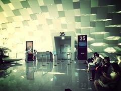 Shenzhen Airport (Azchael) Tags: china airport asia asien shenzhen flickrandroidapp:filter=mammoth shenzhenbaoanint'lairportszx深圳宝安国际机场
