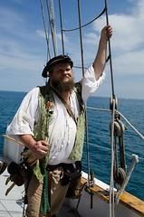 John T. Hawser on the Windy (Pahz) Tags: chicago pirates windy lakemichigan greatlakes navypier tallship bristolrenaissancefaire chicagoillinois tallshipwindy bristolpirates