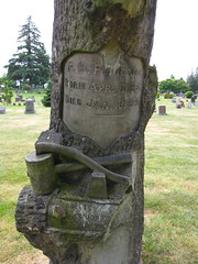 lake view (seattle, wa) (DeadManTalking) Tags: seattle cemetery washington woodmanoftheworld kingcounty lakeviewcemetery deadmantalking pmence