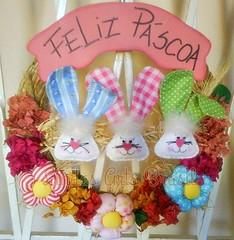 Guirlanda Páscoa (lindas_artsbrasil) Tags: casa flor páscoa guirlanda porta fuxico feltro coelho decoração