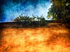 Endless possibilities (Gastone Mappini) Tags: blue orange sunlight muro apple wall florence blu infinity firenze sole infinito infinite appearance arancione endless iphone apparenza gastone ipad raggio iphone5 giardinotorrigiani gastonemappini mappini