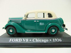FORD V8 . Chicago . 1936 - ALTAYA (RMJ68) Tags: chicago cars ford 1936 toy taxi v8 coches juguete 143 diecast ixo altaya