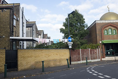 Dacre Road, Leytonstone (new folder) Tags: london dacreroad leytonstone washingline architecture placeofworship mosque rightarrow eastlondon