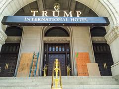 Black Lives Matter Tags Trump Hotel (cool revolution) Tags: blacklivesmatter donaldtrump trumphotel hotel graffiti trumpinternationalhotel