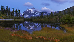 Blues at Picture lake (Heather Meadows, Mt Baker NF, WA) (Sveta Imnadze) Tags: nature landscape tranquility bluehour picturelake mtshuksan heathermeadows mtbakernf wa i