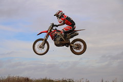 Motorcross 1 (Tony Howsham) Tags: eos 70d sigma 18250 canon motorcoss dirtbike racing offroad