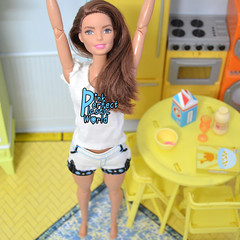 subtistut day 8cc (pinkperfectplasticworld) Tags: djy08 barbie pink perfect plastic world int jour day nikon doll dolls poupe poupes puppen bambole poppen bonecas dockor nuket dukker  yoga     blue top fitness bambi made move mtm 2015 mueca muecas mattel 16 sport