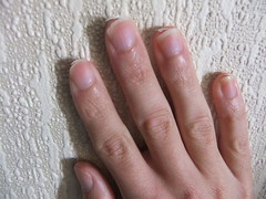DSCF5558 (ongle86) Tags: nails biting ongles ronger thumb sucking pouce sucer fingers licking doigts thumbsucker nailbiter