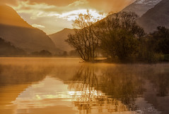 Morning Glory (chris watkins wales) Tags: misty sunrise padarn lake llyn snowdonia north wales landscape photography llanberis lagoons