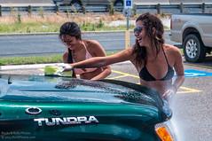 HCW-003 (Ric Quintanilla) Tags: hooters carwash bikini