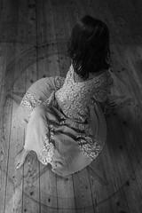 2013-06-09 - _DSC2739-2 (JulienTocanier) Tags: france dark t blackwhite photographie witch magic bretagne nb rennes malaika croix magie noirblanc sorciere julient julientocanier tocanier julientphotographie julientjulien tocaniertocanierjulien
