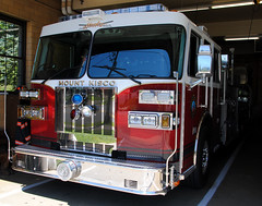 031 (zamboni-man) Tags: new york nyc rescue lake bus castle water up warning bedford fire 1 north bat attack engine police utility systems mini pd can brush ambulance rye equipment seats valley knight hudson 16 puck ladder suny signal federal purchase department kme cheif seatbelts westchester specialty seagrave extrication unit pw battalion whelen airbags armonk 684 i684 banksville gowanis yoork ambualnce preasurized