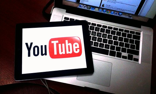 Youtube by clasesdeperiodismo, on Flickr