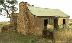 Farmhouse Ruins (Ray Swann) Tags: rock farmhouse rural bread construction ruins ramp sheep oven mud decay logs australia plaster limestone split pens loading