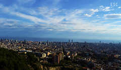 Vistes de mitja ciutat (ESC15photography) Tags: barcelona city sky people skyline shadows bcn silhouettes off views making esc bunkers histories