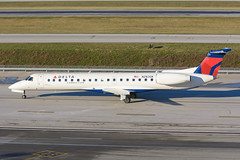Chautauqua Airlines (Delta Connection) // Embraer ERJ-145LR // N283SK (cn 145424) (Micheal Wass) Tags: chq rp embraer cmh erj145 deltaconnection chautauquaairlines portcolumbusinternationalairport embraererj145 kcmh n283sk