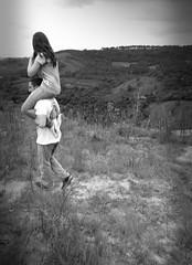 (Olhos de cera) Tags: life blue friends boy brazil sky sun white lake man flower tree cute verde green eye love ice boyfriend nature water girl beautiful face yellow azul lady real happy hope fly lemon nice eyes highway girlfriend couple plantas day amor natureza flor books cu estrada vida vista lua reality amizade sorriso terra nuvem simple casal rvore homem ceu cinza tempo tarde juno rvores senhor vibe coque simples tootsy erva