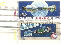 USA Apollo Soyuz stamps (1975) (sftrajan) Tags: usa america stamps space stamp 1975 apollo timbre sovietunion postagestamp ussr philately sello 10cents soyuz spaceexploration briefmarke  francobollo  apolloprogram   apollosoyuztestproject
