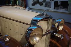 (Shane Henderson) Tags: greyhound antiquecar headlights grill lincoln reno hoodornament nationalautomobilemuseum