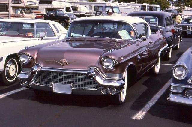 hersheyoldcarfleamarket1994 ©richardspiegelmancarphoto 1957cadillaceldoradosevillehardtop