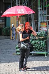 Free Tour (Rick & Bart) Tags: city light people woman man umbrella grandplace candid strangers streetphotography bruxelles menschen brussel personnes grotemarkt mensen everydaypeople freetour rickbart rickvink