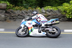 TT IoM 2014 Supersport Race 2 - Bruce Anstey @Quater Bridge (MoJo_3016) Tags: racing motorbike moto motorcycle motor tt douglas isleofman racer motocicleta iom supersport motocycle motorrad 2014 motorcykel roadracing motocicletta motocyclette touristtrophy motociclo quarterbridge bruceanstey motorrijwiel