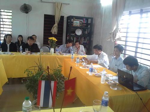 """VIỆN ĐÓN  Đoàn công tác của Giám đốc Đại học Nakhon Phanom đến thăm và ký văn bản hợp tác • <a style=""""font-size:0.8em;"""" href=""""http://www.flickr.com/photos/145755462@N06/25309413019/"""" target=""""_blank"""">View on Flickr</a>"""