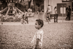 lost in the park (MARTINEZ PHOTOGRAPY) Tags: kid baby boy lost park sepia bebe perdido en el parque ostimuri obregon sonora mexico