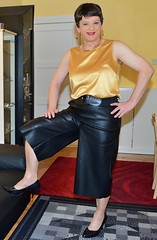 Birgit023138 (Birgit Bach) Tags: culotte hosenrock fauxleather kunstleder top satin
