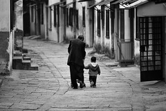 Treasured moments~ Tong Li (~mimo~) Tags: tongli china streetphotography blackandwhite road village grandfather child repetition