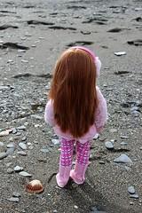 Becca enjoys the beach... (dambuster01) Tags: paolareina soytu auburn sindy doll 17inches 18inches vinyl playdoll beach