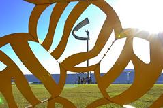 BRASLIA - 2016 -  (74) (ALEXANDRE SAMPAIO) Tags: alexandresampaio braslia goinia cidade fotografia urbano patrimnio histria arquitetura planopiloto planejada modernidade moderno oscarniemeyer arte composio criao beleza esttica contraste iluminao cor cores formas desenho espao fantstico possibilidades invisvel visvel sensibilidade vida energia paz delicadeza tradio estrutura prdio edifcio brasil transcendncia imaginao mgico magia cultura natureza plantas