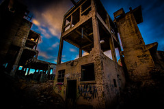 Psych. (yeahwotever) Tags: apocalypse graffiti abandoned bunker concrete disused early lime mess oregon silo states structure sunrise tag tower usa